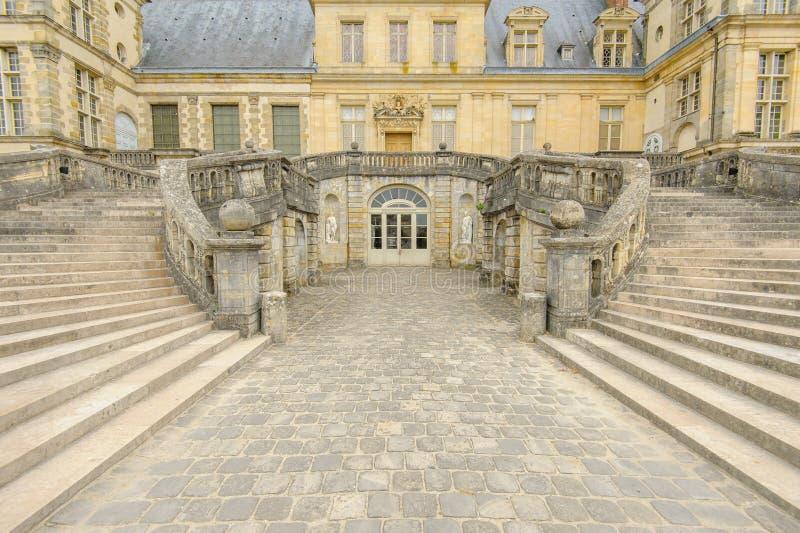Slott av Fontainebleau i Frankrike royaltyfria bilder