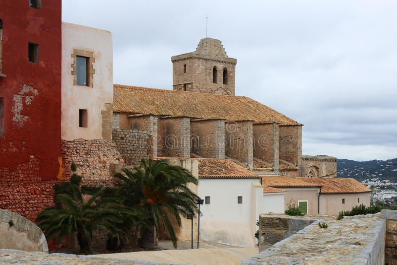 Slott av Ibiza, Spanien under våren royaltyfria foton