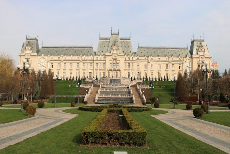 Slott av kultur i Iasi, Rumänien arkivfoto