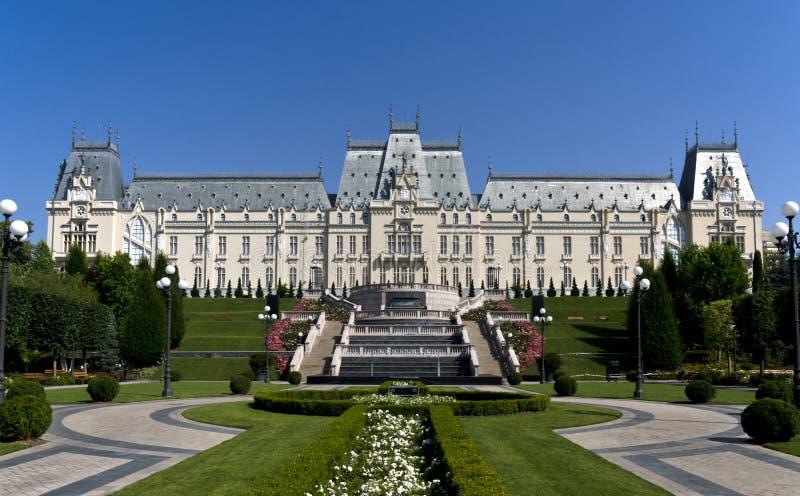 Slott av kultur i Iasi, Rumänien arkivbilder