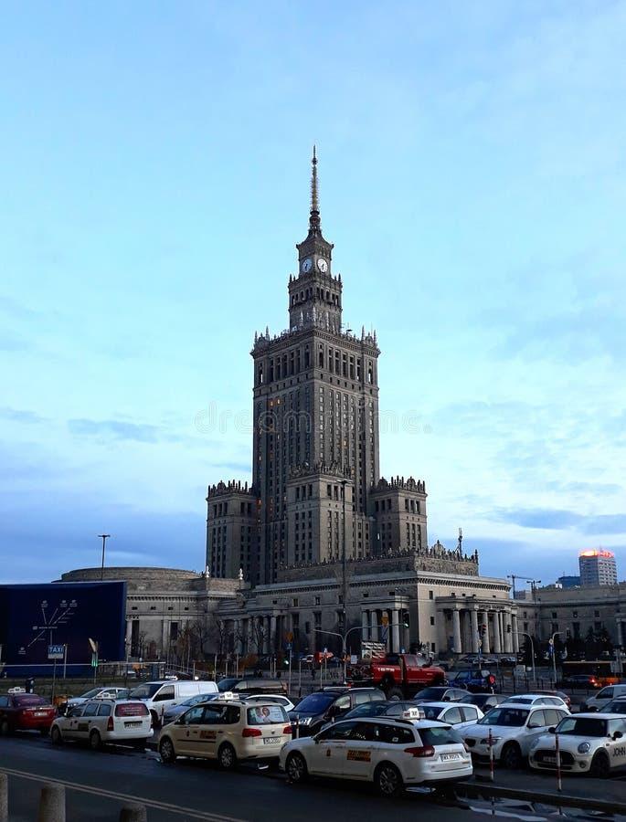 Slott av kultur och vetenskap, ett noterbart höghus royaltyfria bilder