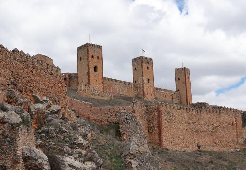 Slott av Molina de Aragon i Spanien arkivbild