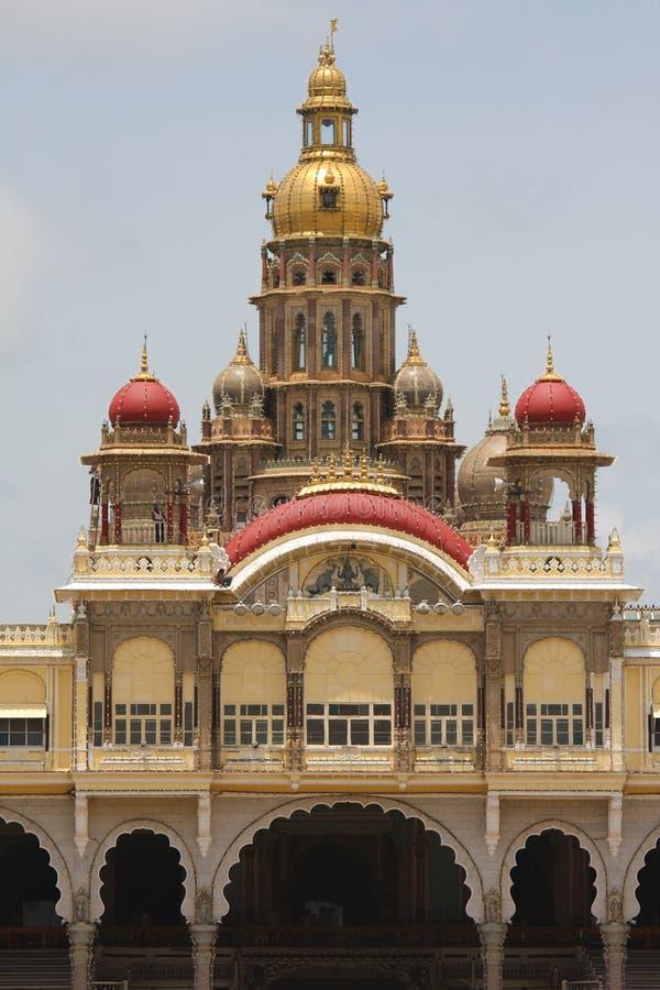 Slott av Mysore i Indien royaltyfri bild