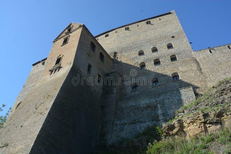 Slott av Narva i September arkivbild