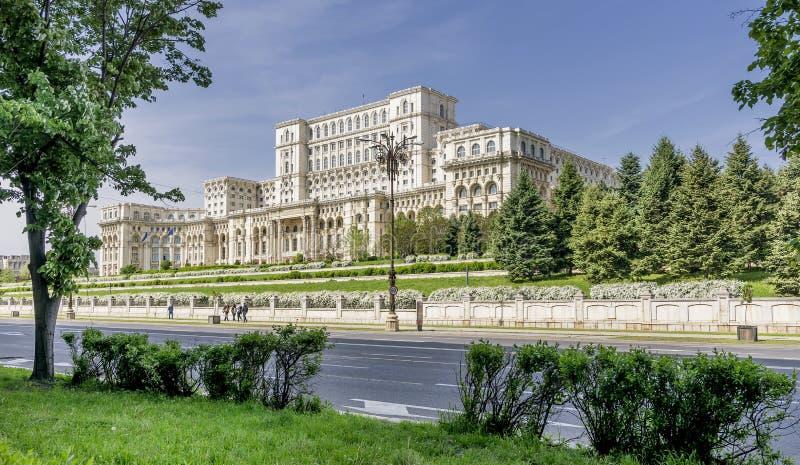 Slott av parlamentet, Bucharest, Rumänien arkivfoto