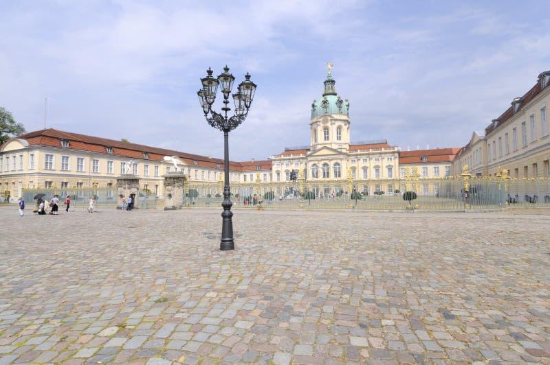 Slott Charlottenburg i Berlin fotografering för bildbyråer