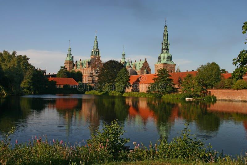 slott denmark frederiksborg hillerod royaltyfria foton