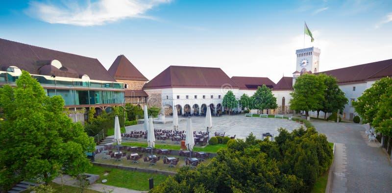 slott Europa ljubljana slovenia royaltyfri bild