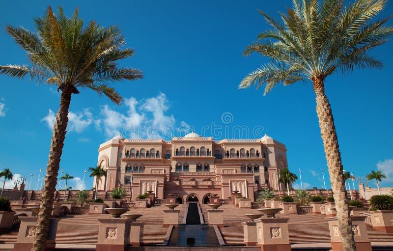 slott för Abu Dhabi emiratesnatt arkivfoto