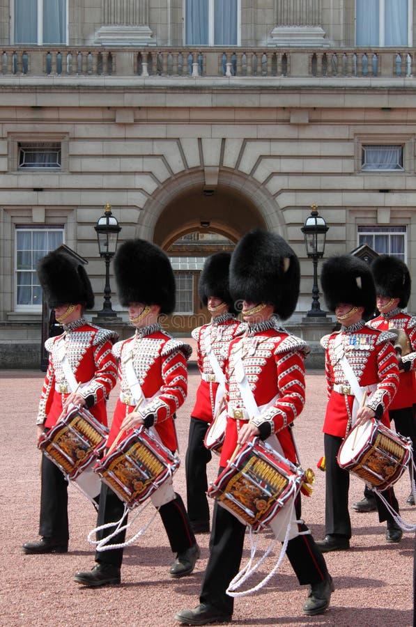 slott för buckinghamändringsguard royaltyfri bild