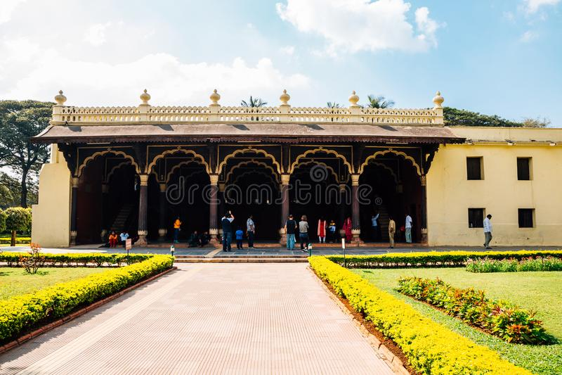 Slott för sommar för Tipu sultan` s i Bangalore, Indien arkivbilder