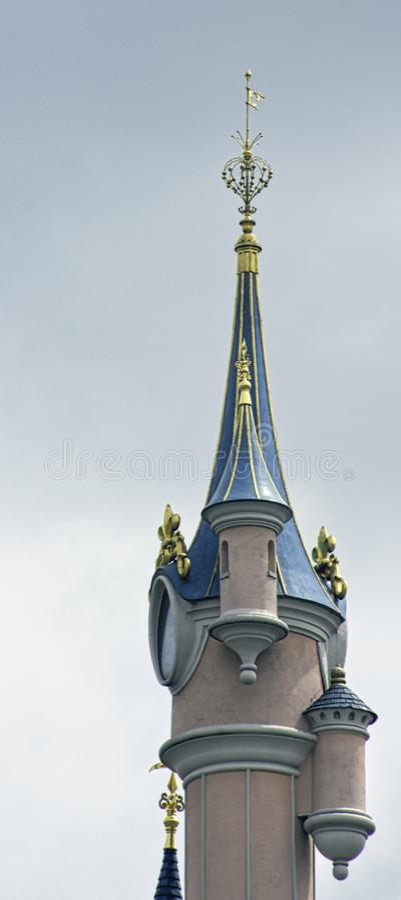 Slott för sova skönhet i Disneyland Paris fotografering för bildbyråer
