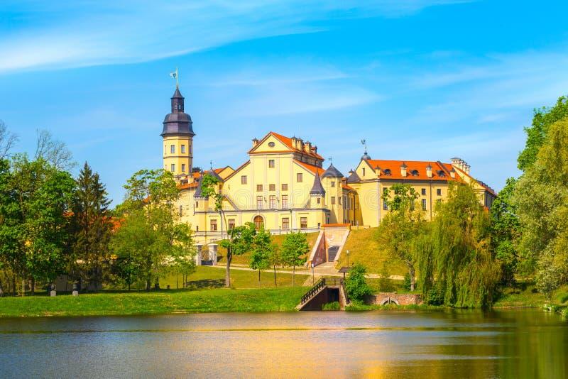 Slott i Nesvizh, Minsk region, Vitryssland fotografering för bildbyråer