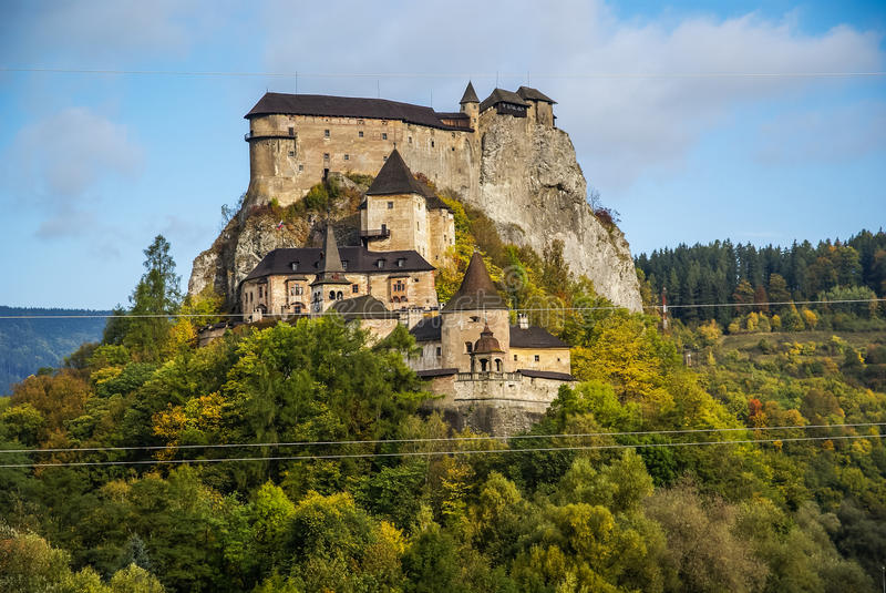 Slott i Orava, Slovakien royaltyfria foton