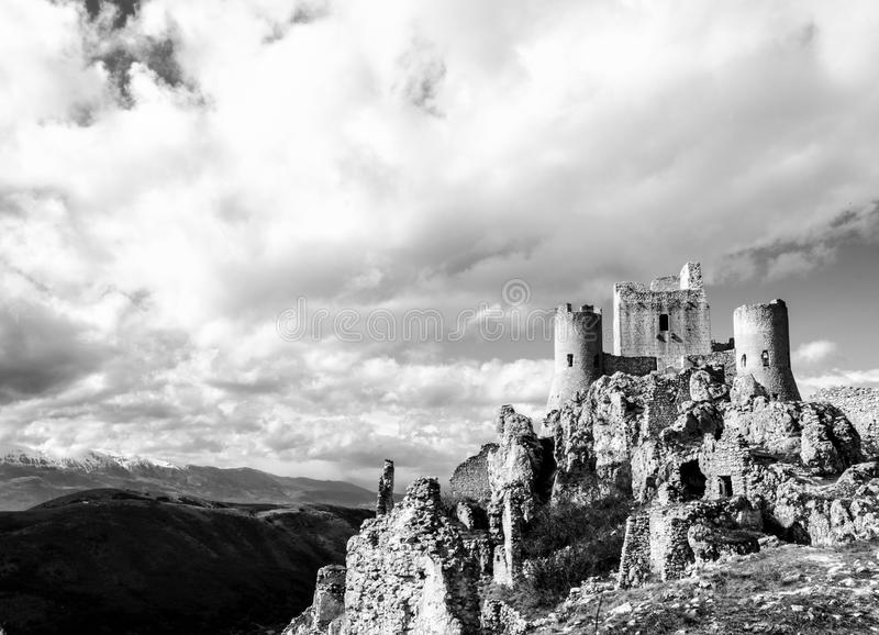 Slott i skyen arkivfoto