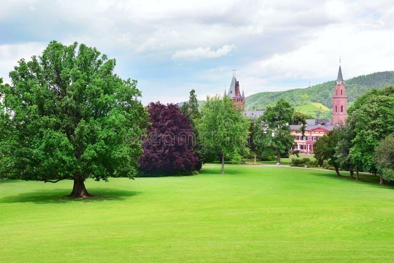 Slott i Weinheim, Tyskland fotografering för bildbyråer