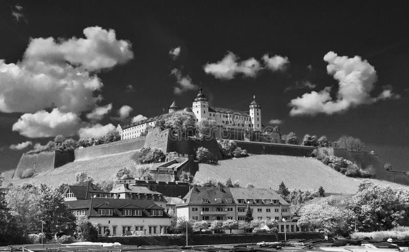 Slott på överkanten royaltyfri foto
