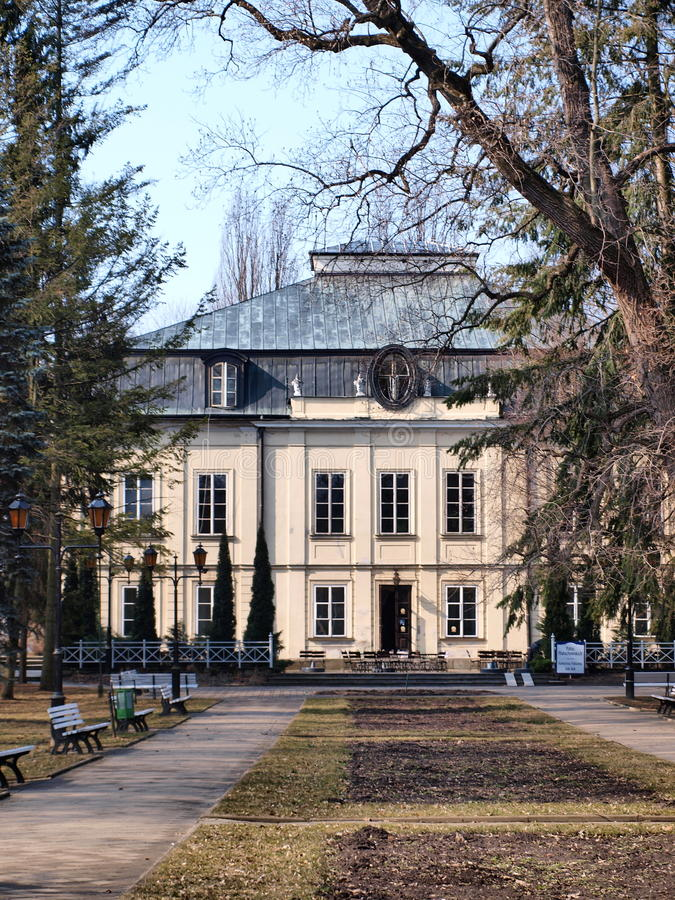 slott poland för familjmalachowskinaleczow royaltyfria bilder