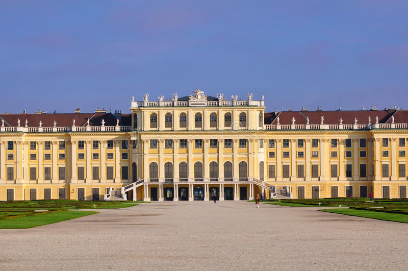 Slott Schoenbrunn arkivfoto