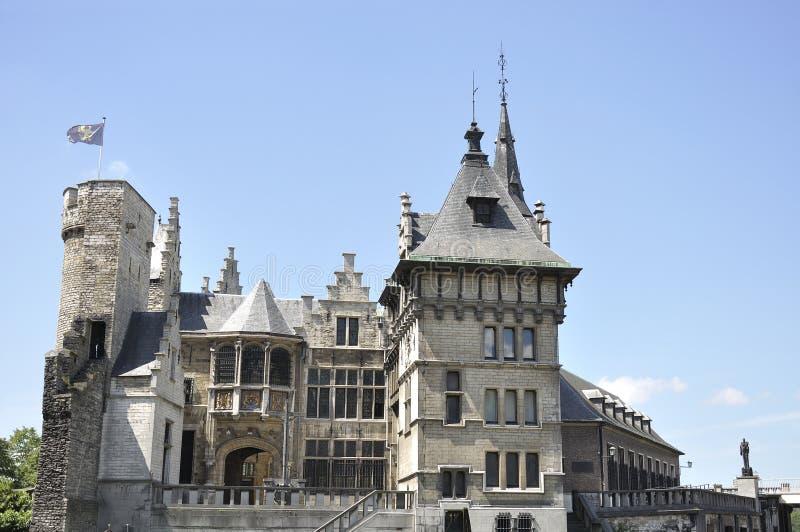 Slott som lokaliseras i staden av Antwerp, Belgien arkivfoton