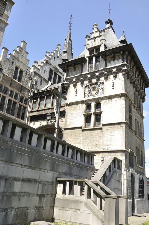 Slott som lokaliseras i staden av Antwerp, Belgien royaltyfri foto