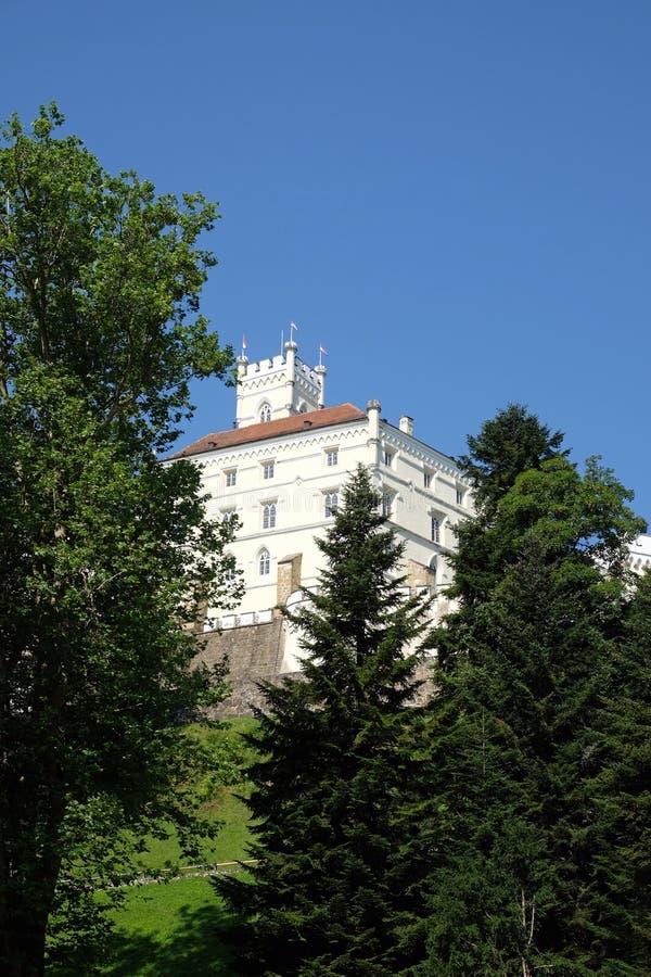 Slott Trakoscan i Kroatien royaltyfria foton