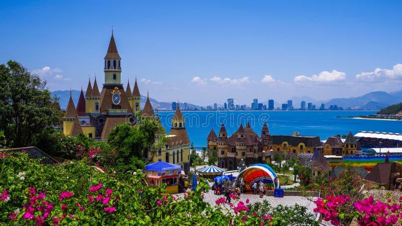 Slott Vinpearl land, Nha Trang i Vietnam arkivfoton