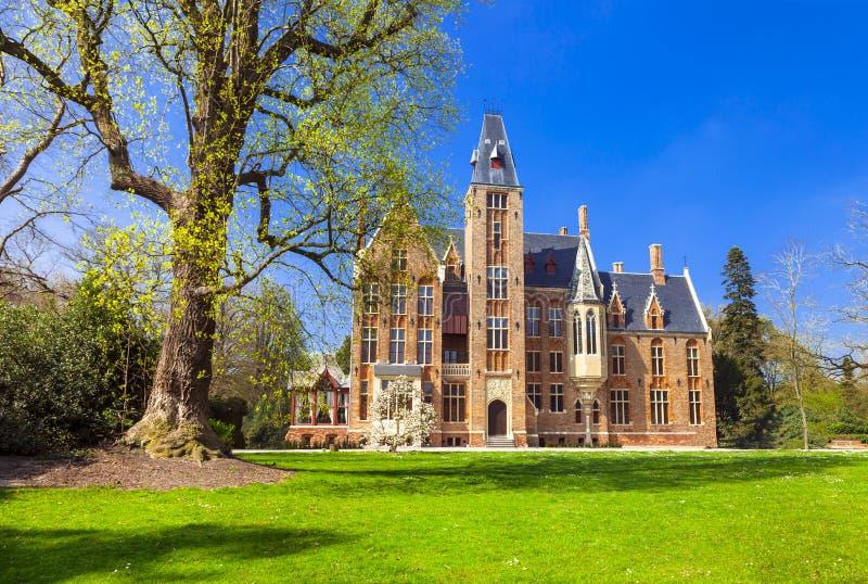 Slottar av Belgien - Loppem royaltyfri fotografi