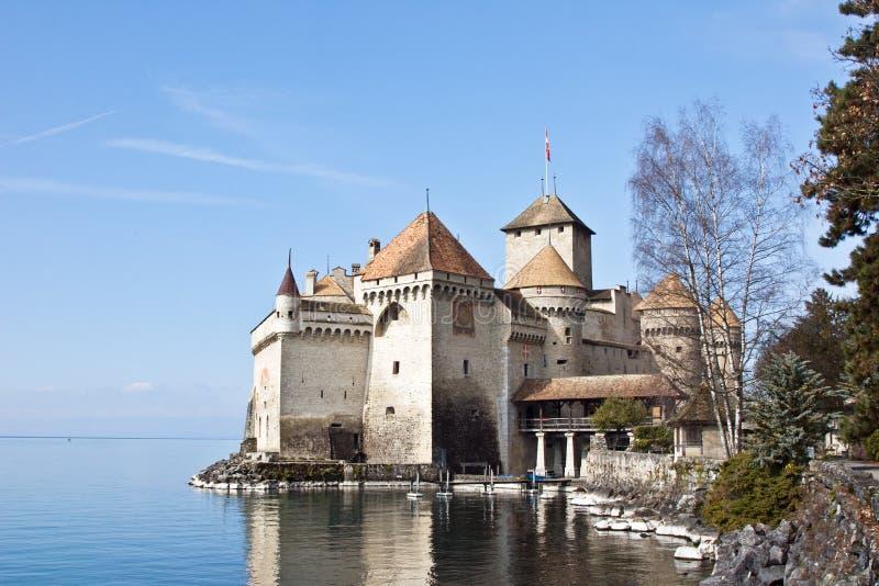 slottchillongeneva lake switzerland royaltyfri foto