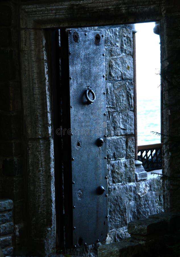 slottdörr royaltyfri fotografi