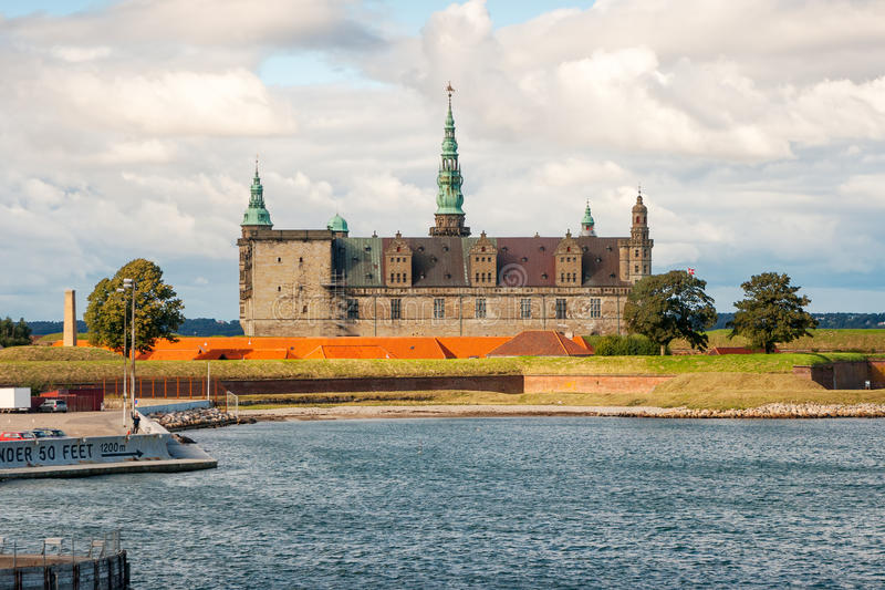 slottdenmark kronborg royaltyfri foto