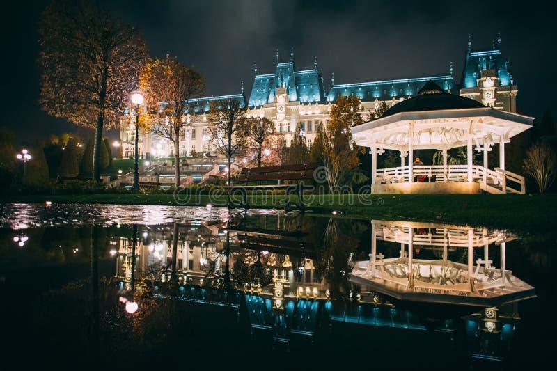 Slotten av kultur från Iasi, Rumänien royaltyfri bild