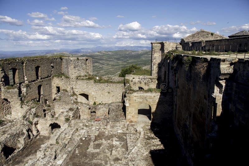 Slotten av Sabiote i landskapet av Jaén, Andalusia royaltyfri bild
