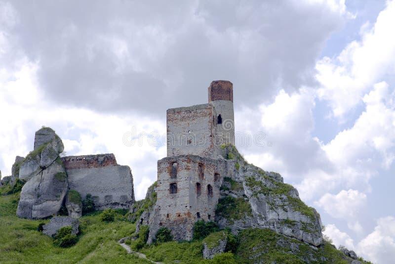 slottet Europa gammala poland fördärvar royaltyfri bild
