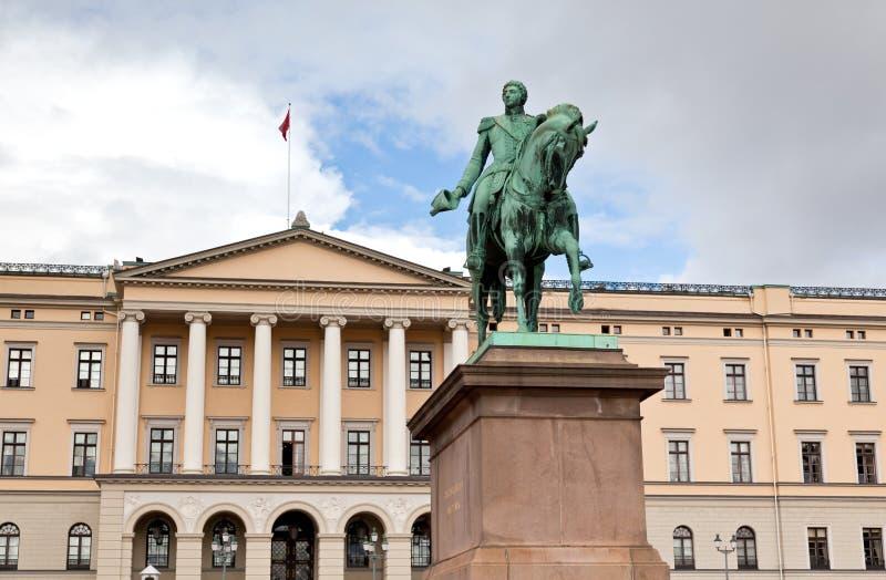 Slottet Royal Palace en Oslo central imagen de archivo