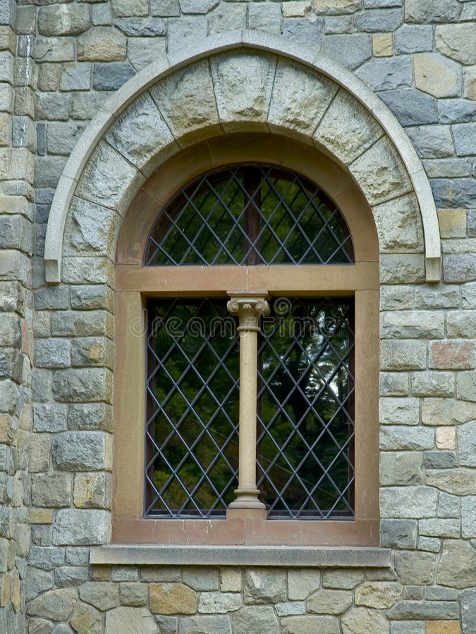 slottfönster royaltyfri bild