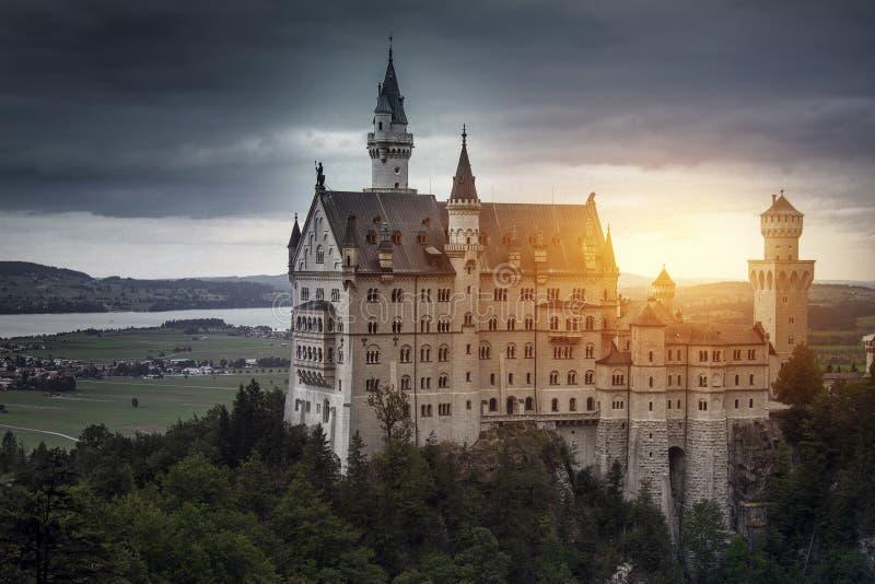 slottgermany neuschwanstein royaltyfria bilder