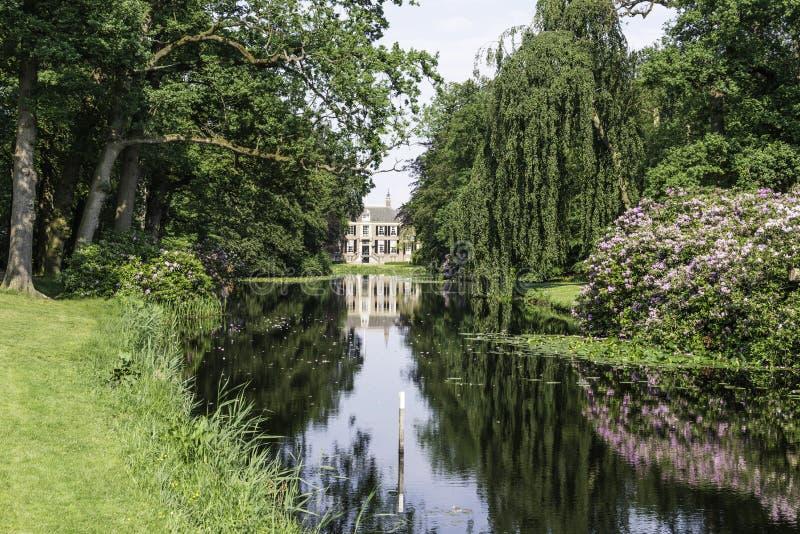 Slottgroeneveld i Holland royaltyfri foto