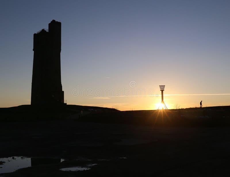 Slottkulle på solnedgången royaltyfria foton