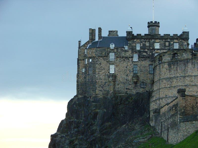 slottskymning edinburgh royaltyfria bilder