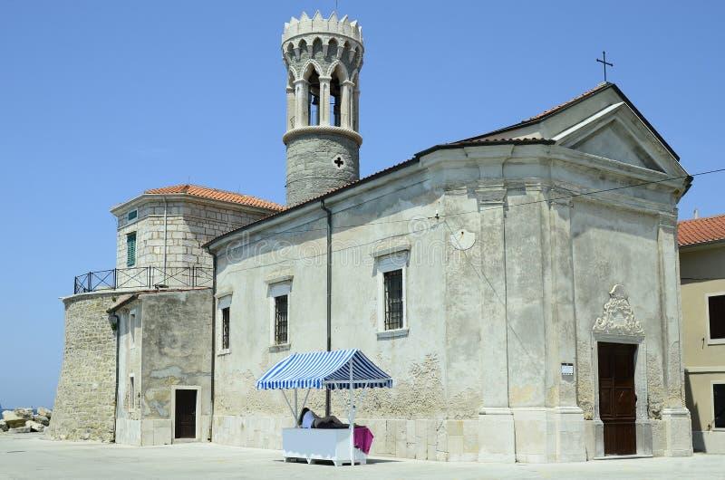 Slovenië, Piran, kerk stock foto