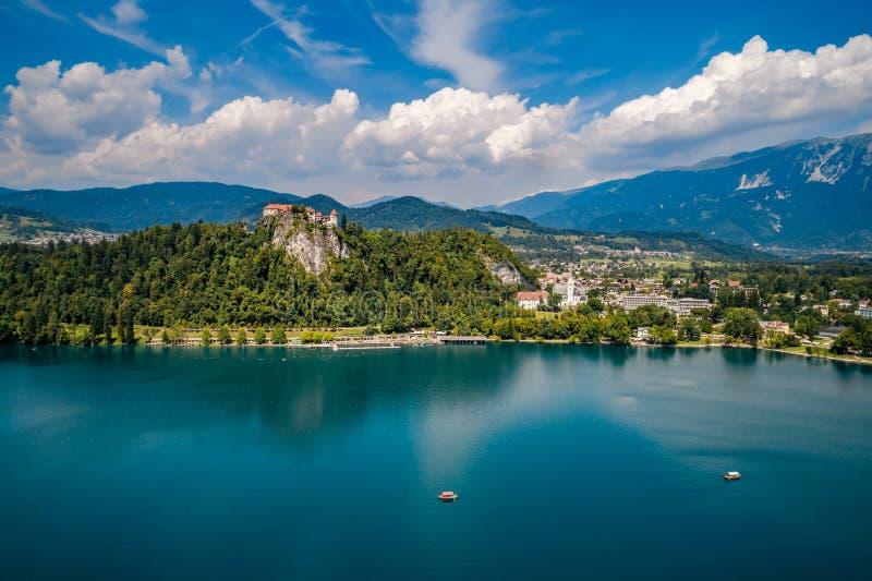 Slovenia - kurortu jezioro Krwawiący fotografia stock