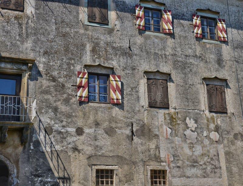 Slovenien den pittoreska slotten av Bled i Balkan arkivfoton