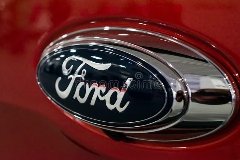Sluit Ford-omhoog embleem stock afbeeldingen