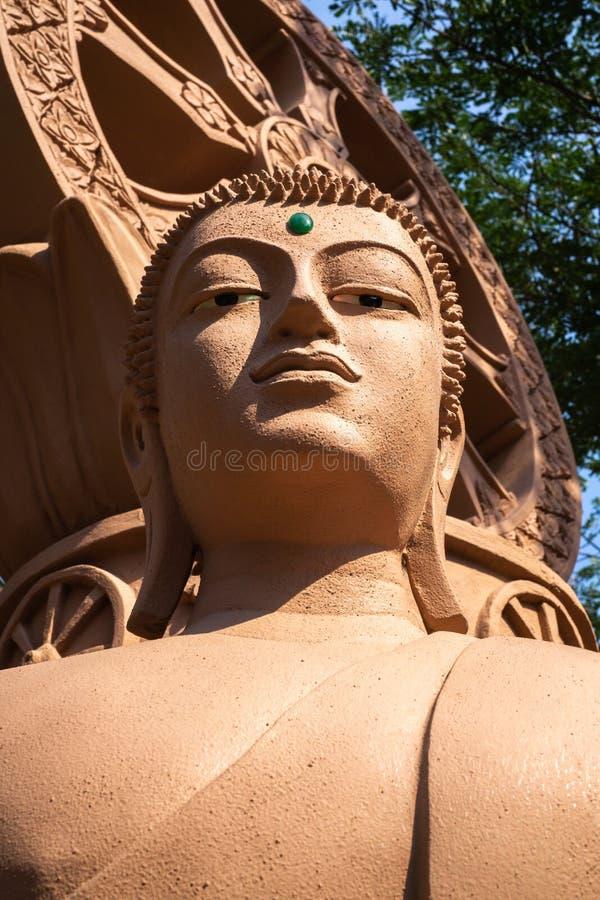 Sluit omhoog beeld van een standbeeld van Boedha bij Oude stad in Samutprakan royalty-vrije stock fotografie