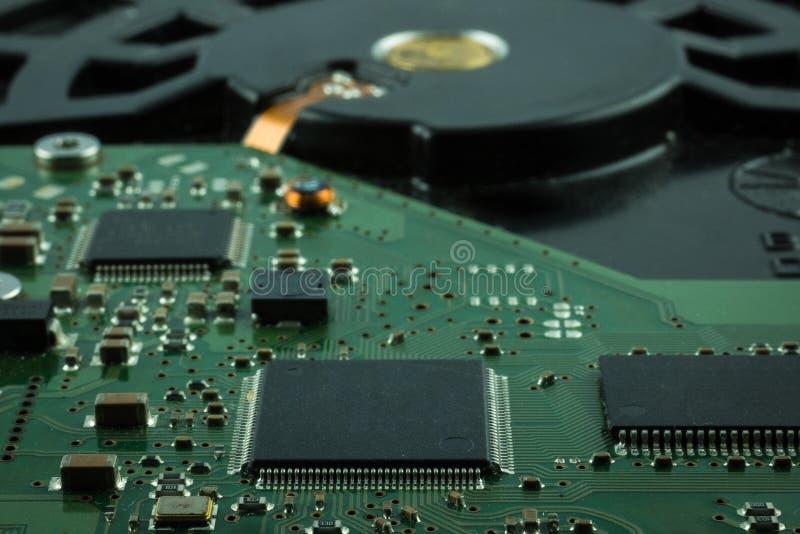 Sluit omhoog binnen van Harde schijfaandrijving HDD royalty-vrije stock foto