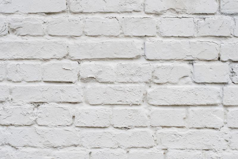 Sluit omhoog bovenkant boven voor gedetailleerde meningsfoto van oud met krassen witte bakstenen muur De oude witte achtergrond v royalty-vrije stock foto