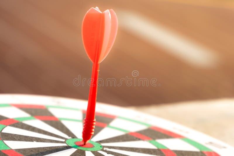 Sluit omhoog dartboard stock foto's