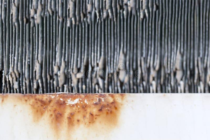 Sluit omhoog de textuur van de de condensatoreenheid van de autoairconditioning Communicatieapparatuurradiator royalty-vrije stock afbeelding