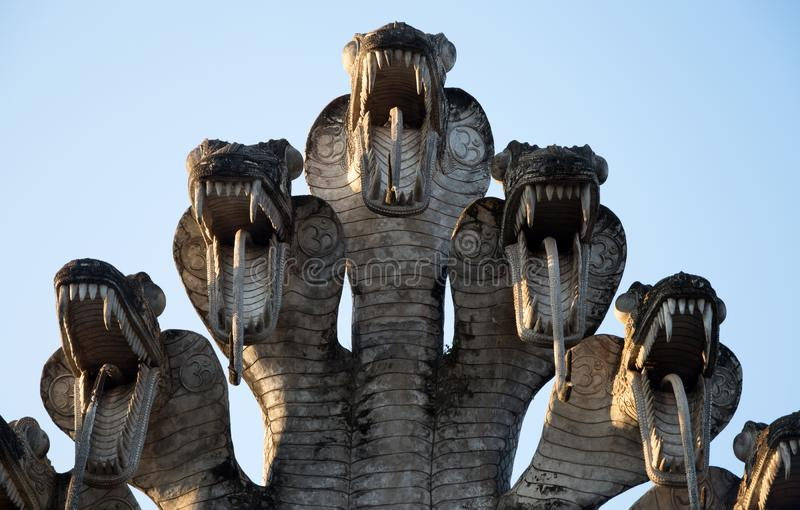 Sluit omhoog detail van een oud standbeeld in Sala Keo Kou Temple, Nong Khai, Thailand, Azië royalty-vrije stock foto's